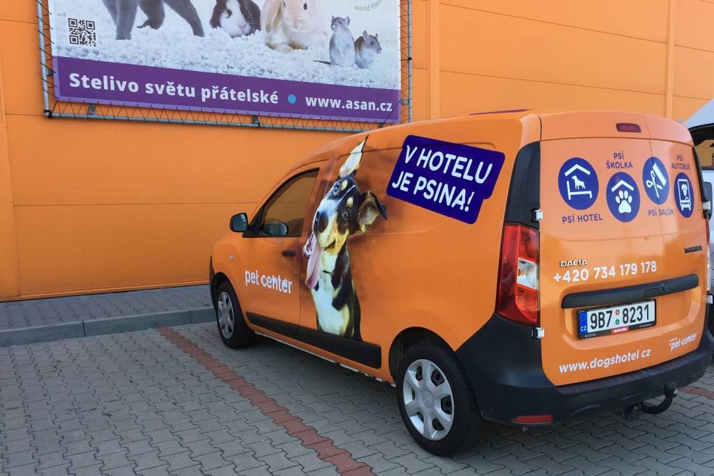 Pet Center - Psí autobus